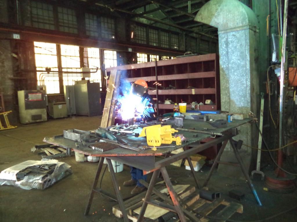 Overhead Crane Repair Kansas City : Railcar repair tm track machines